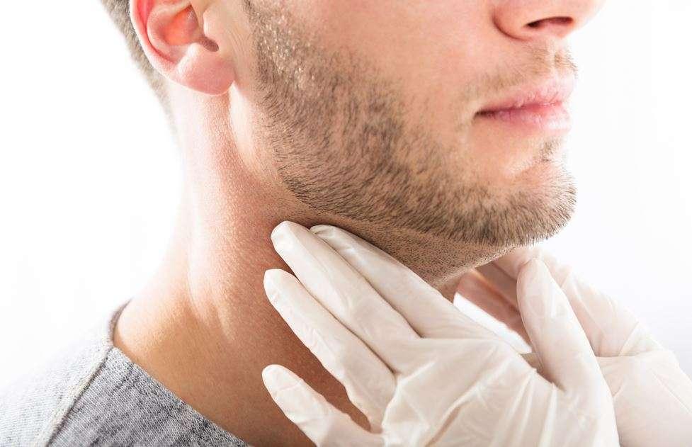 أسباب سرطان الحنجرة