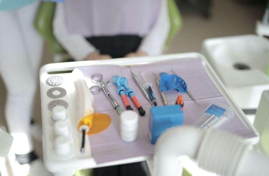 كيف يتعامل طبيب الأسنان مع مريض السكر
